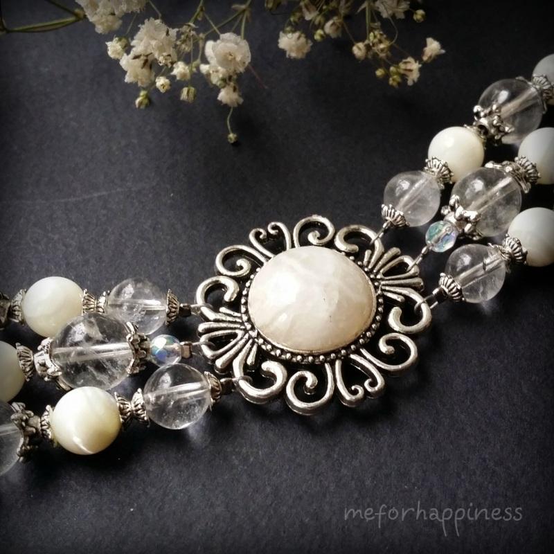 Белый браслет из перламутра и кварца Белый перламутр, кварц, горный Для Счастья - фото 5