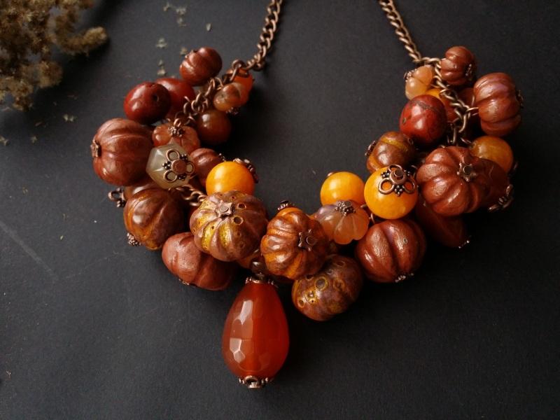 Оранжевое ожерелье Тыквы с сердоликом  керамика ручной работы, с Для Счастья - фото 1
