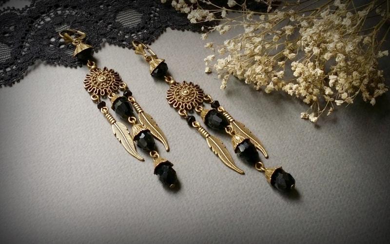 Бронзовые черные серьги с перьями Пустыня палящего солнца  чешское стекло, фурнитура Для Счастья - фото 2