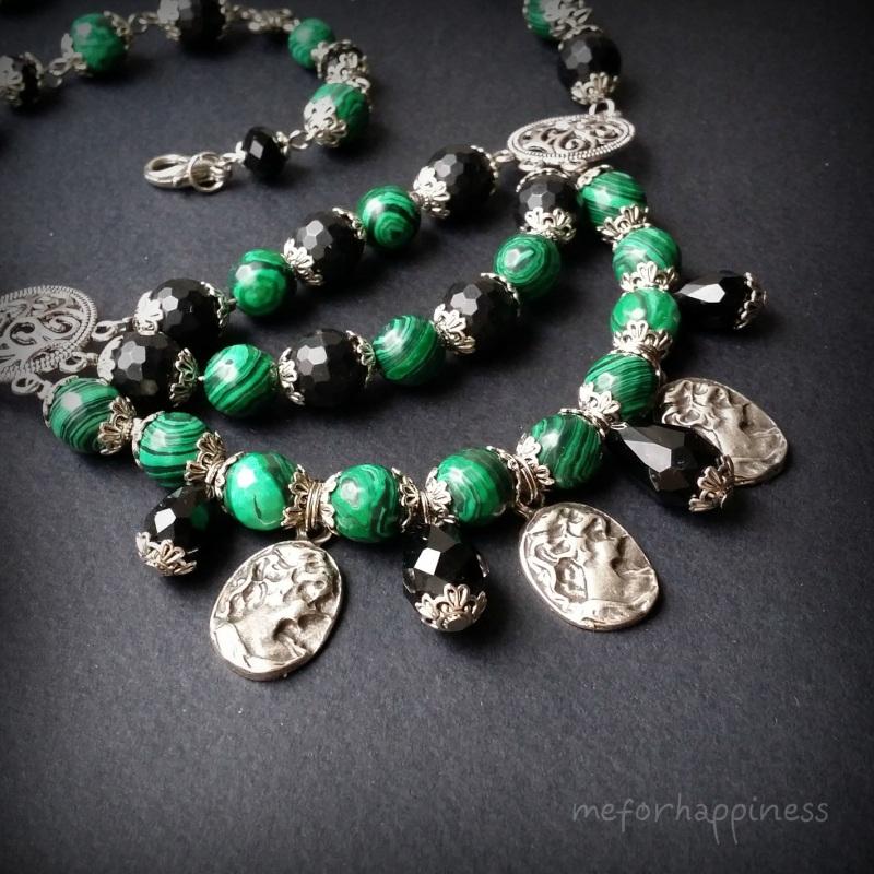 Малахитовое ожерелье с камеями Разноцветный змеевик прессованный, ага Для Счастья - фото 3
