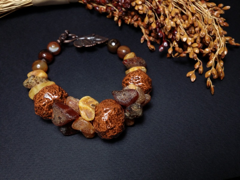 Браслет янтарный с керамикой и агатами  авторская керамика ручной Для Счастья - фото 1