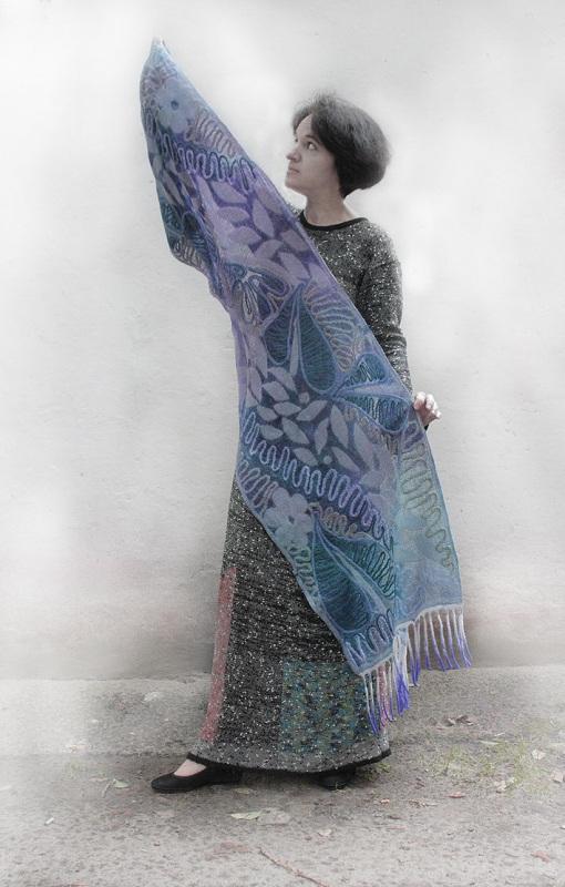 Шелковый палантин невесомый изумруд  Валяный палантин, разреже Мастерская Теплых Подарков - фото 2