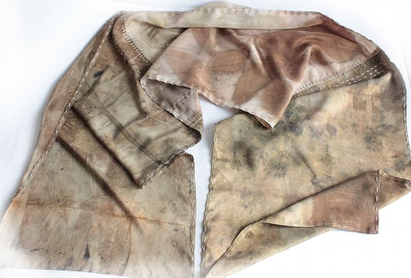 Шелковый шарф Шелковый мозаика Коричневый шелк, екопринт Мастерская Теплых Подарков - фото 1