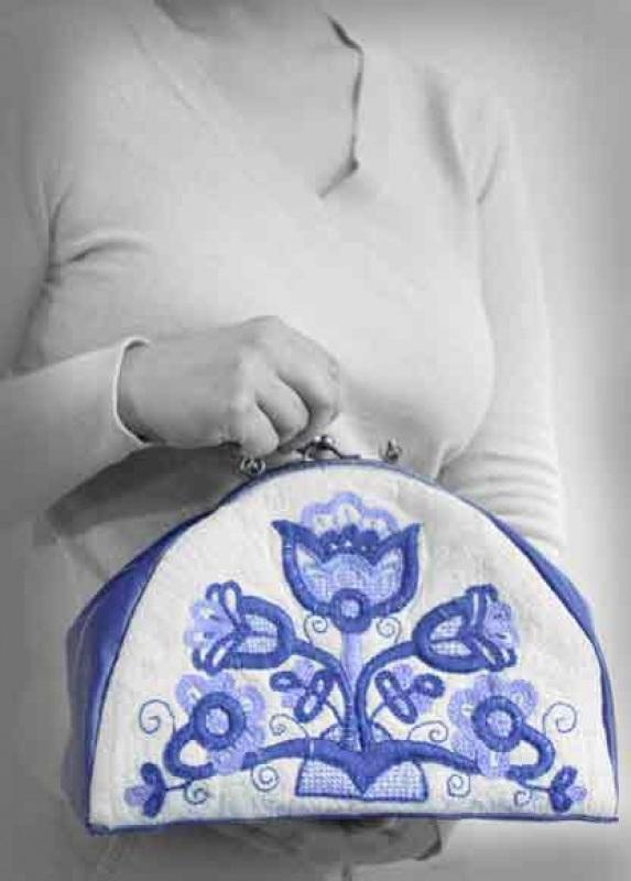 """Авторская вышитая сумочка из домотканого полотна """"Синяя цветок""""  натуральное домотканое по Мастерская Теплых Подарков - фото 2"""