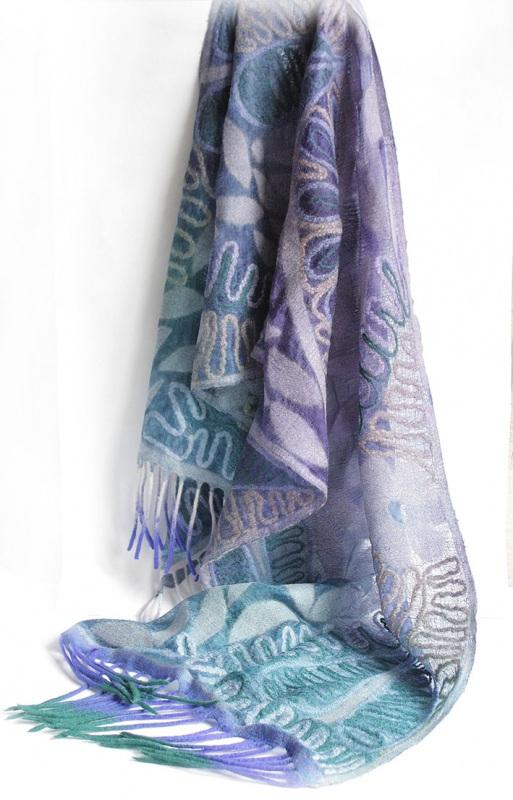Шелковый палантин невесомый изумруд  Валяный палантин, разреже Мастерская Теплых Подарков - фото 5