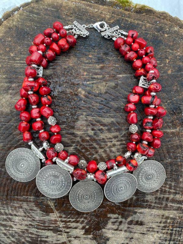 Чары мольфара Красный Ожерелье из дикого коралл Федоришин Татьяна - фото 1