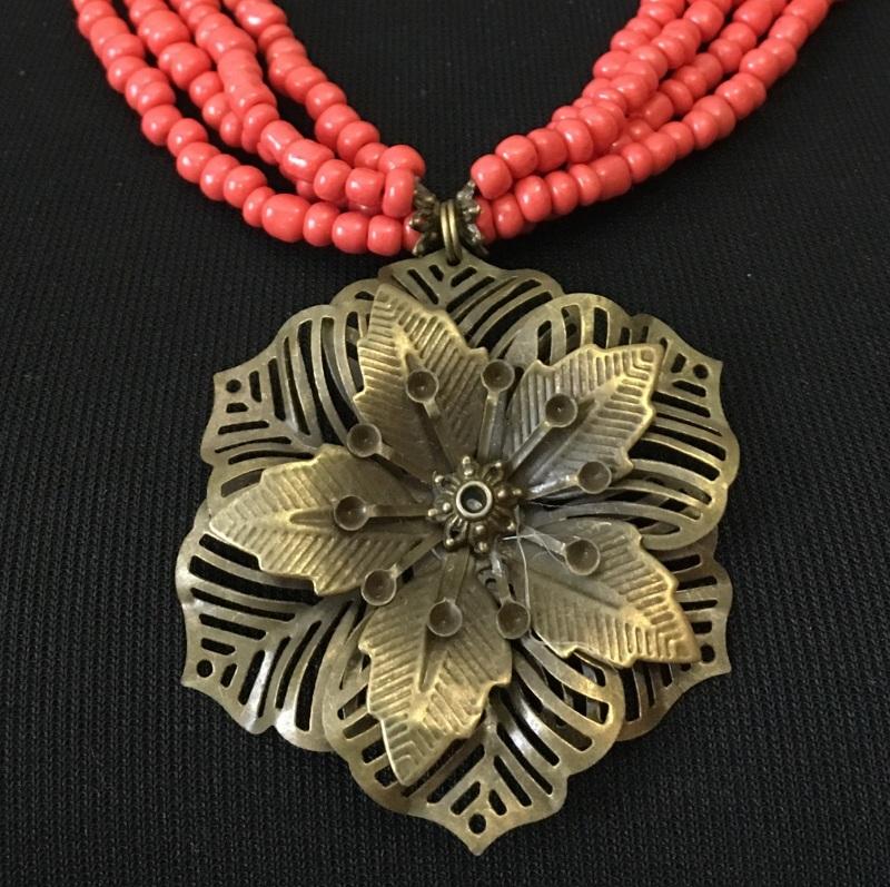 """Ожерелье """"Цветок"""" Красный Стеклянные бусины """"п Ганусяк Мария - фото 4"""