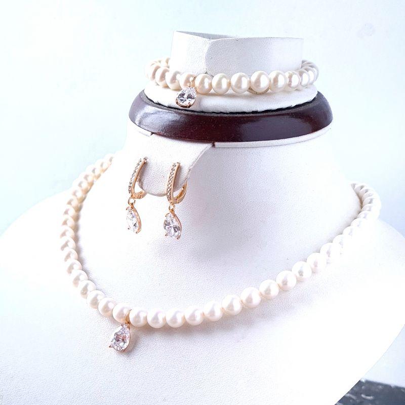 Колье из натурального жемчуга с кристаллом циркона в позолоте Белый натуральный жемчуг, крист Гармаш Елена - фото 3
