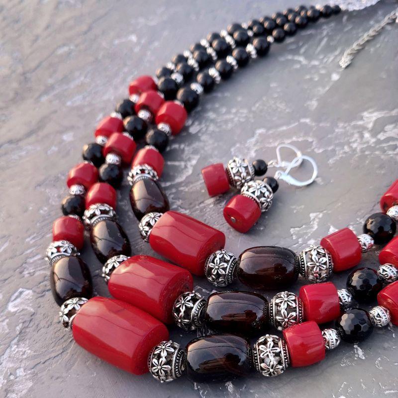 Комплект из натурального коралла и агата бусы и серьги Красный натуральные кораллы, нату Гармаш Елена - фото 1