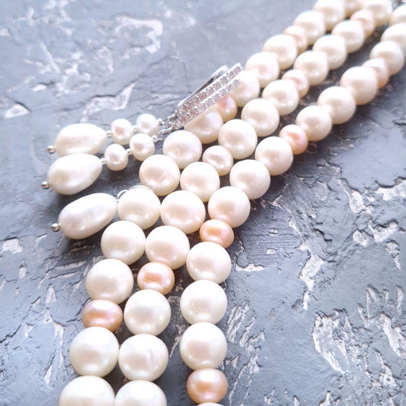 Браслет и серебряные серьги из натурального белого и персикового жемчуга  Белый натуральный жемчуг, метал Гармаш Елена - фото 1