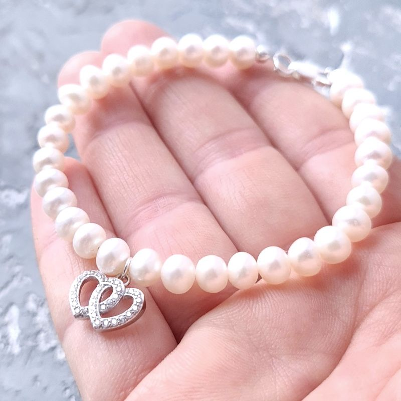 Браслет из натурального жемчуга в серебре с кристаллами 2 сердца Белый натуральный жемчуг, сереб Гармаш Елена - фото 1