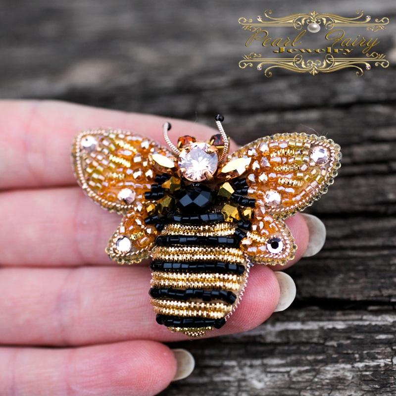 Брошь с кристаллами Swarovski пчелка Разноцветный Брошь пчела, расшитая кри Гармаш Елена - фото 3