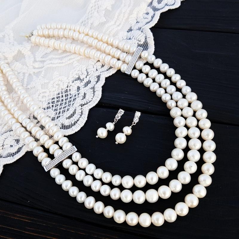 Трехрядное колье из жемчуга и кристаллов Белый Натуральный белый жемчуг Гармаш Елена - фото 1