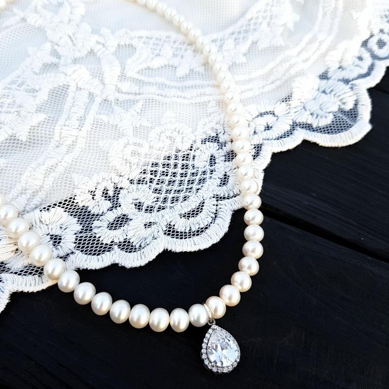 Натуральный жемчуг, серебро и цирконы колье праздничное свадебное Белый натуральные белый жемчуг Гармаш Елена - фото 1