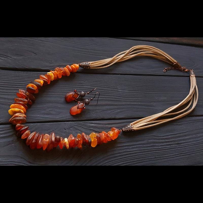Ожерелье с большим нешлифованным натуральным янтарем Красный натуральный янтарь, метал Гармаш Елена - фото 3