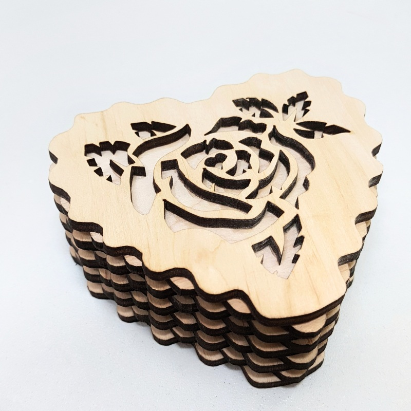Серьги с кораллами и серебряными застежками и с розами Красный искусственные кораллы, ме Гармаш Елена - фото 2