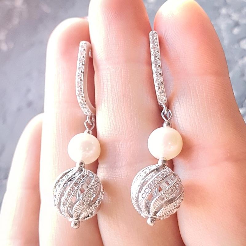 Стильные серьги с натуральным жемчугом и вставками с кристаллами циркона Белый натуральный жемчуг высоко Гармаш Елена - фото 7