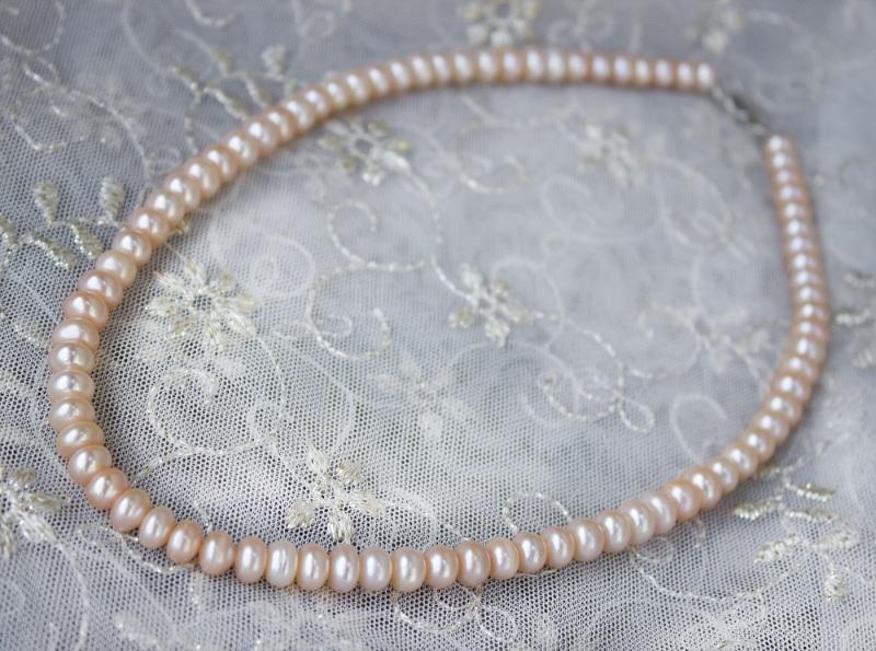 Серебро и жемчуг персиковый комплект Белый натуральный жемчуг, сереб Гармаш Елена - фото 2