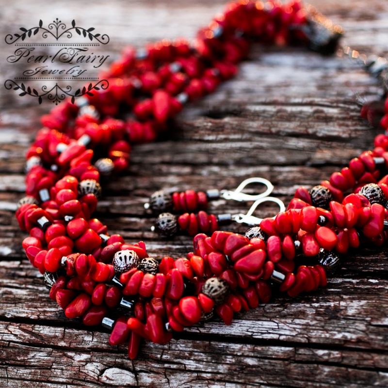 Комплект: натуральные кораллы пятирядные ожерелье и серьги Красный натуральные кораллы, мета Гармаш Елена - фото 1
