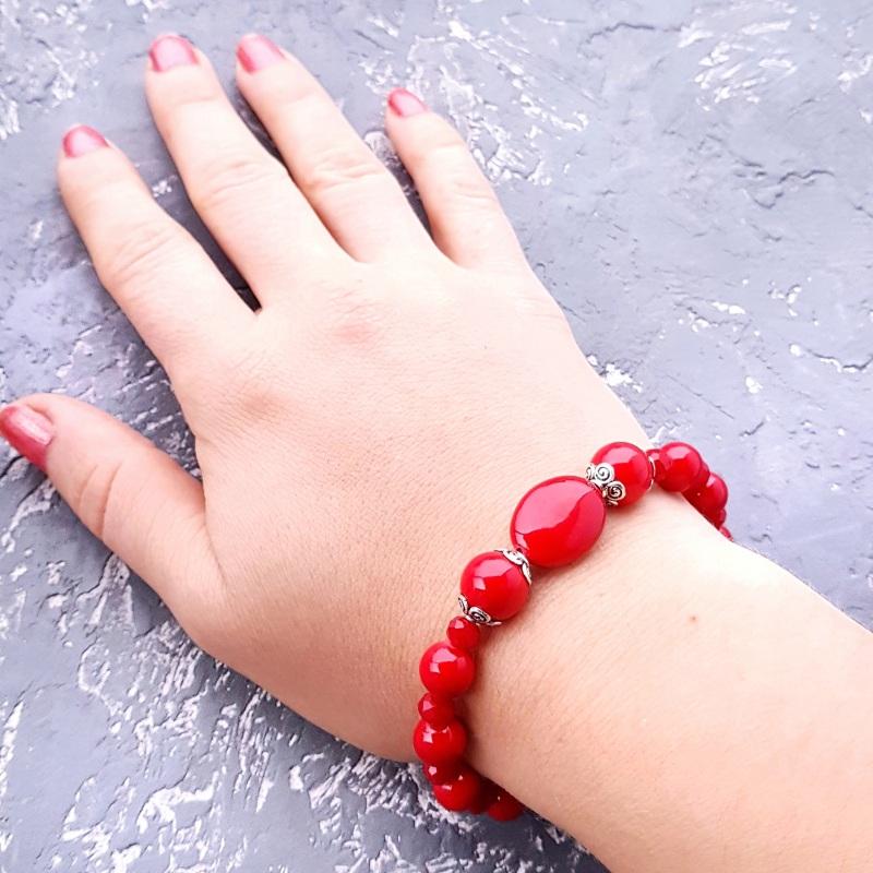 """Комплект """"Заграй!"""" ожерелье, браслет, серьги с серебряными застежками Красный кораллы имитация, металли Гармаш Елена - фото 4"""