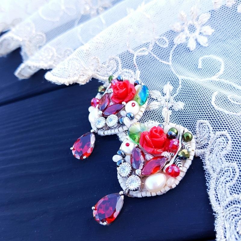 Серьги с натуральным жемчугом, кристаллами и серебром  натуральный белый жемчуг Гармаш Елена - фото 1