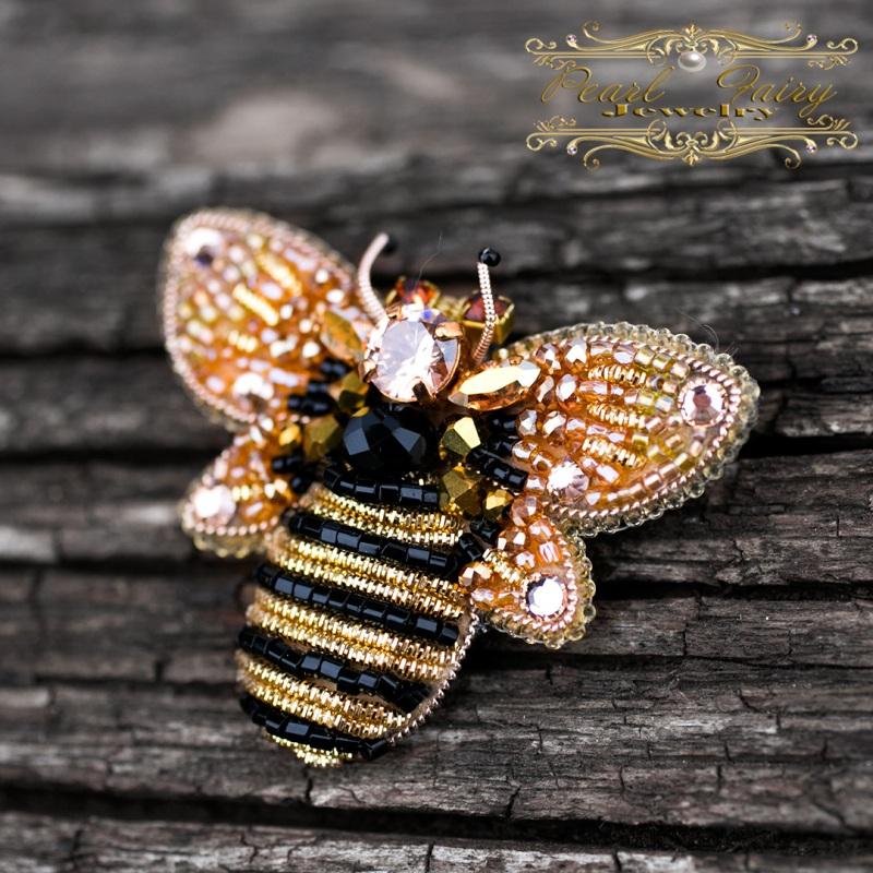 Брошь с кристаллами Swarovski пчелка Разноцветный Брошь пчела, расшитая кри Гармаш Елена - фото 4