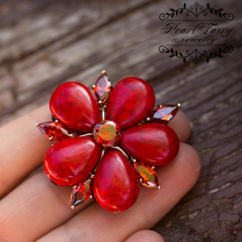 Брошь из кораллов и кристаллов цветок мака  кораллы синтетические, кр Гармаш Елена - фото 3