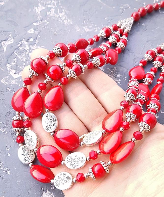 Ожерелье трехрядное кораллы и розы Красный кораллы имитация, хрустал Гармаш Елена - фото 5