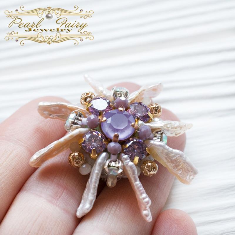 Брошь цветок жемчуга с кристаллами Swarovski Разноцветный Натуральный жемчуг Бива, Гармаш Елена - фото 2