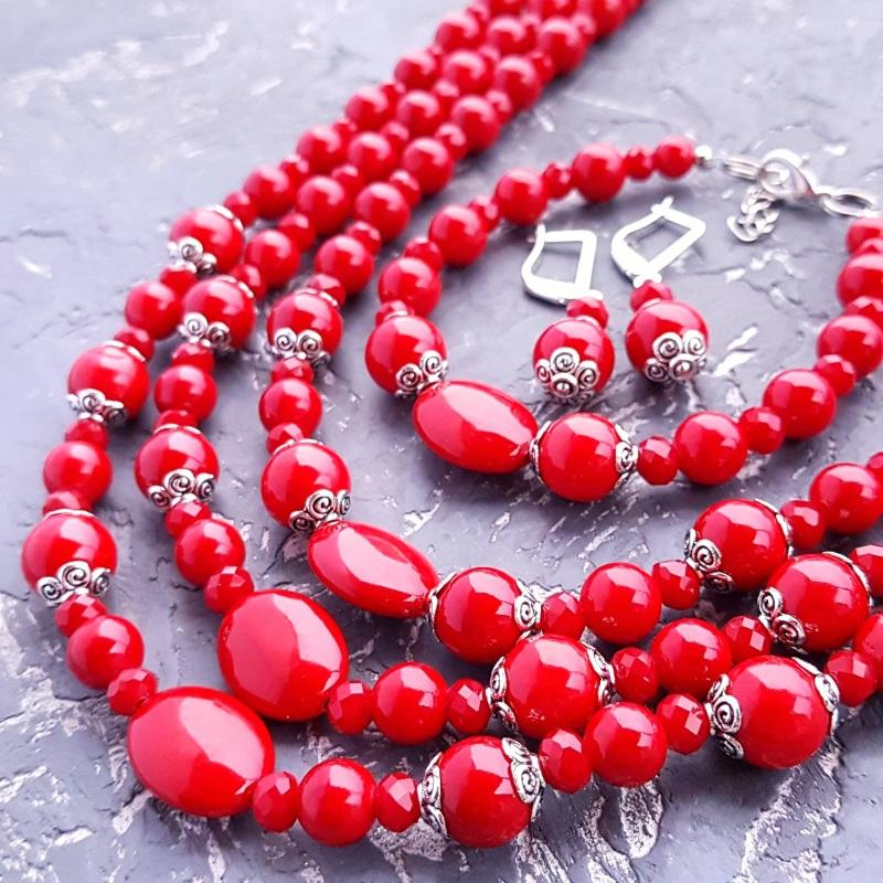 """Комплект """"Заграй!"""" ожерелье, браслет, серьги с серебряными застежками Красный кораллы имитация, металли Гармаш Елена - фото 1"""