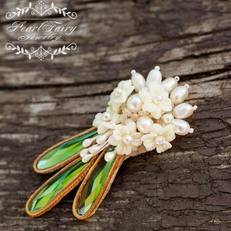 Брошь из натурального жемчуга и кристаллов букет цветов  натуральный жемчуг, керам Гармаш Елена - фото 1