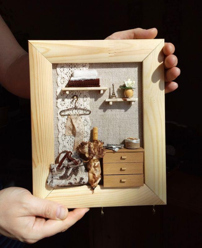 """Панно-миниатюра в виде ключницы """"Прихожая""""  деревянная рама, ДВП, льн Герасименко Юлия - фото 1"""