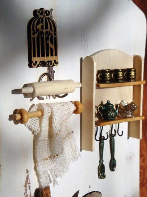 """Полотенечница (вешалка, ключница) в стиле миниатюра """"Сердце дома""""  Деревянная доска, акрилов Герасименко Юлия - фото 4"""