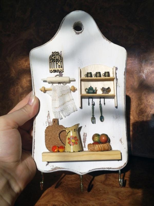 """Полотенечница (вешалка, ключница) в стиле миниатюра """"Сердце дома""""  Деревянная доска, акрилов Герасименко Юлия - фото 3"""