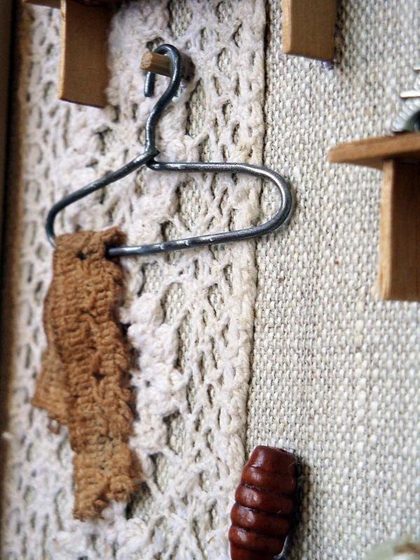 """Панно-миниатюра в виде ключницы """"Прихожая""""  деревянная рама, ДВП, льн Герасименко Юлия - фото 2"""