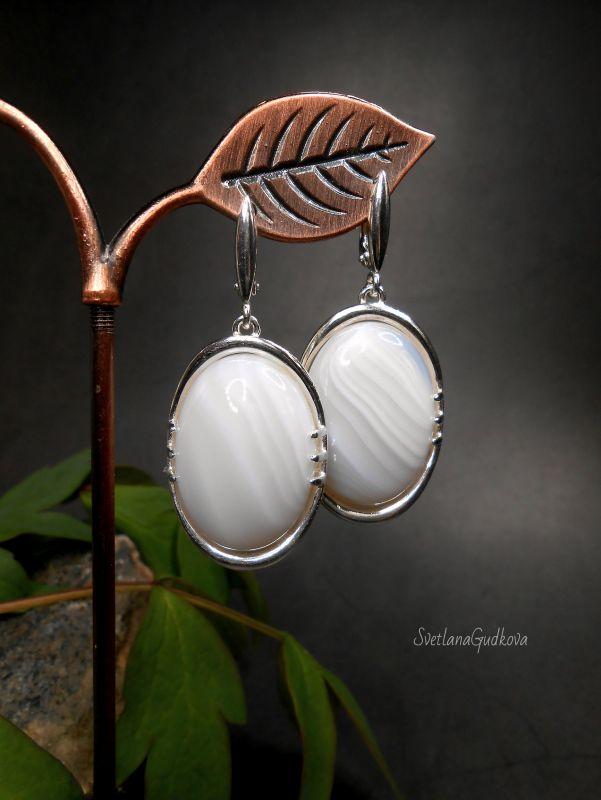 Серебряные серьги с молочным агатом Белый Агат молочный, серебро 92 Гудкова Светлана - фото 1