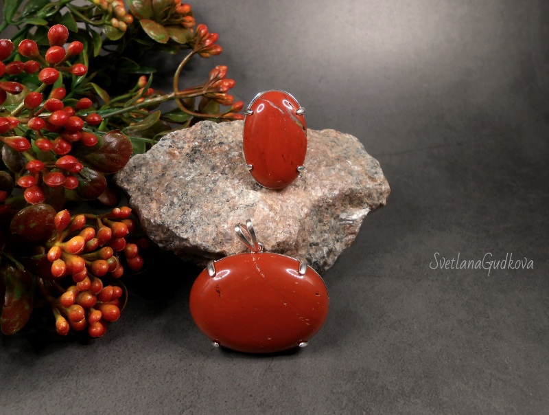 Талисман  Красная яшма, серебро 925 Гудкова Светлана - фото 1