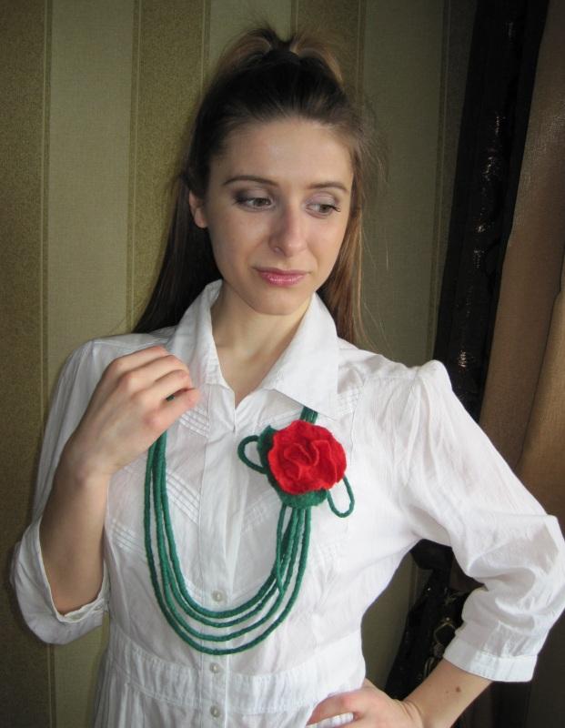 """Ожерелье """"Дикая роза"""" Зеленый шерсть Гуменюк Елена - фото 3"""