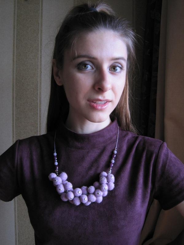 """Ожерелье войлочное """"Сиреневое гроздь"""" Фиолетовый Шерсть, стеклянные бусины Гуменюк Елена - фото 3"""
