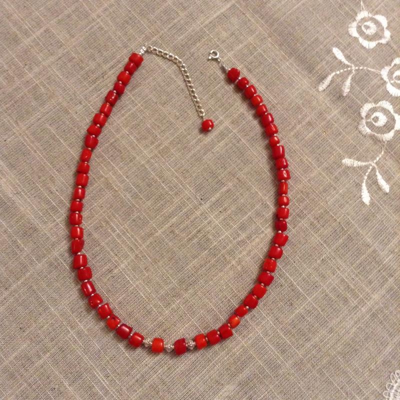 Ожерелье из красного натурального коралла и серебряной фурнитурой Красный коралл красный, серебро 9 Колода Людмила - фото 2