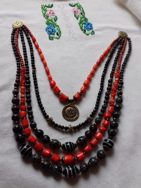 Ожерелье к Борщевской вышиванке  коралл, черный шунгит.обс Колода Людмила - фото 2