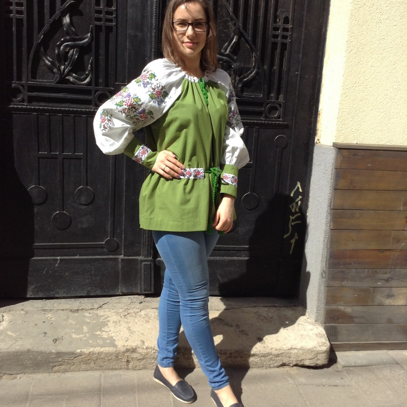 Рубашка зеленая с ручной вышивкой виноград Зеленый ручная вышивка крестиком Колода Людмила - фото 4