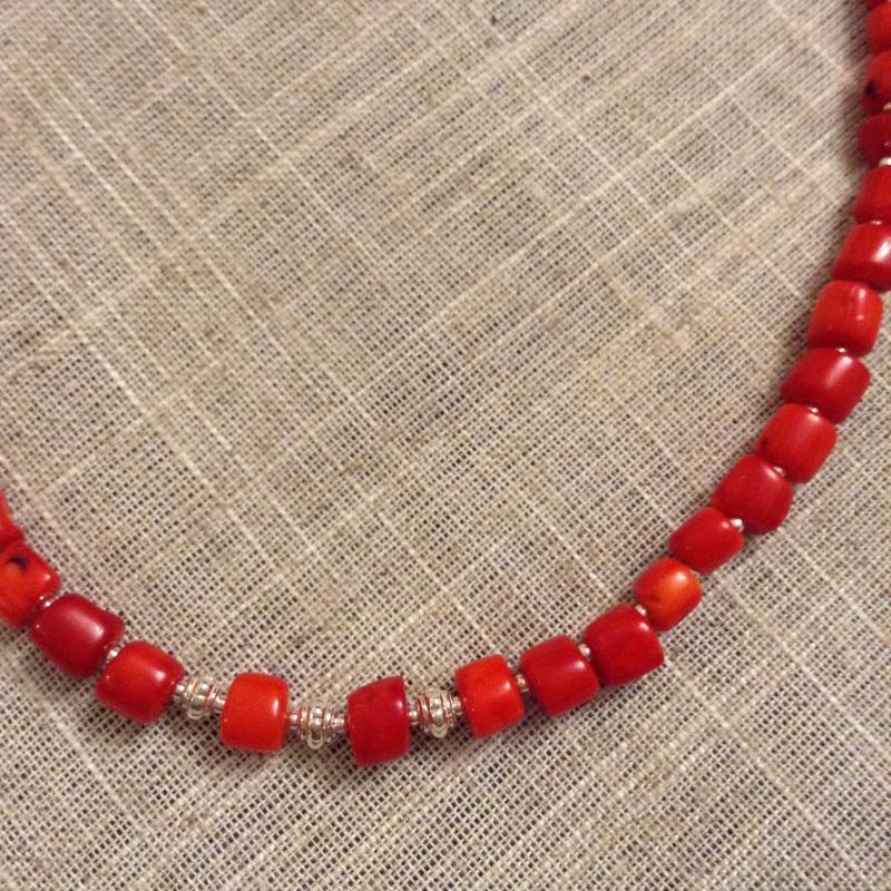Ожерелье из красного натурального коралла и серебряной фурнитурой Красный коралл красный, серебро 9 Колода Людмила - фото 4