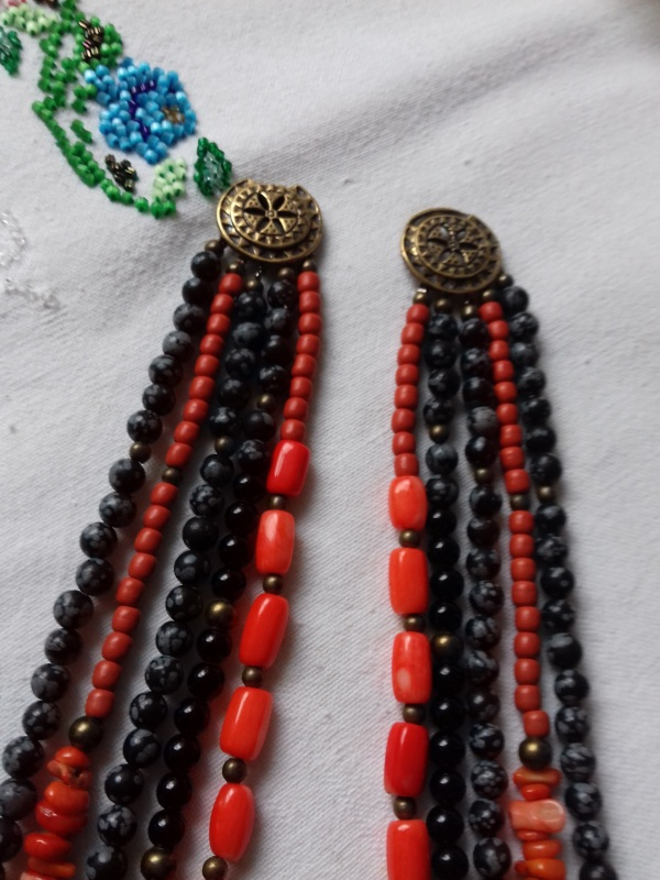 Ожерелье к Борщевской вышиванке  коралл, черный шунгит.обс Колода Людмила - фото 3