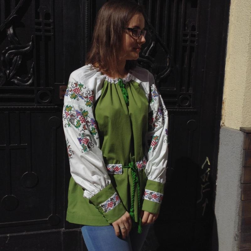Рубашка зеленая с ручной вышивкой виноград Зеленый ручная вышивка крестиком Колода Людмила - фото 3