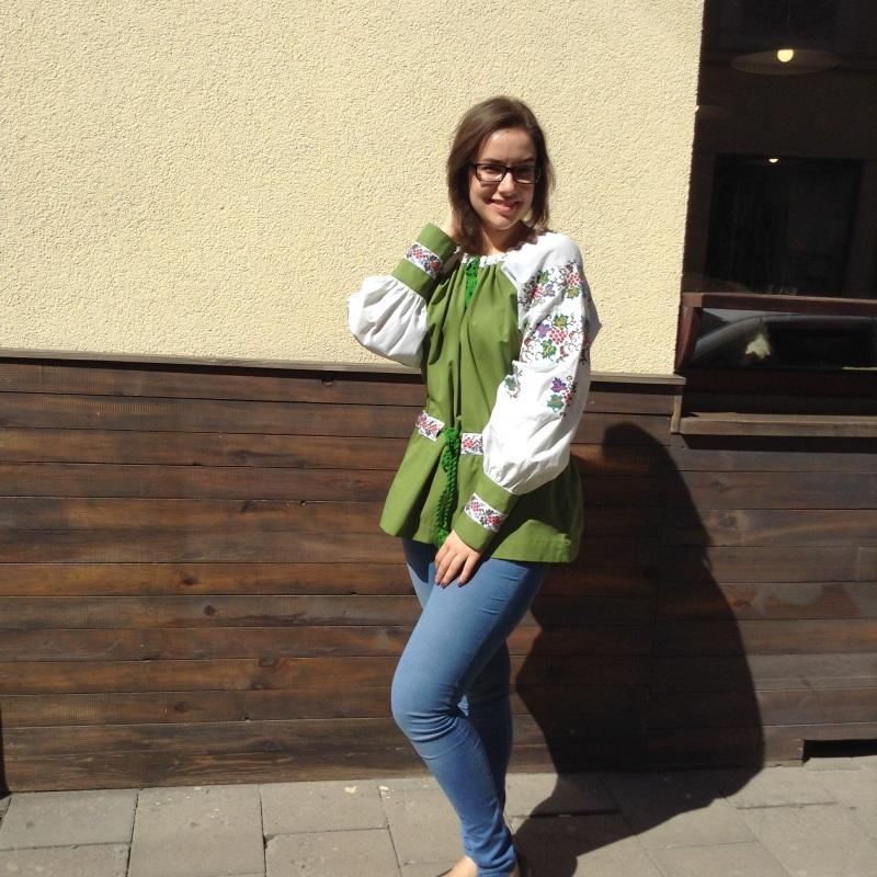 Рубашка зеленая с ручной вышивкой виноград Зеленый ручная вышивка крестиком Колода Людмила - фото 5