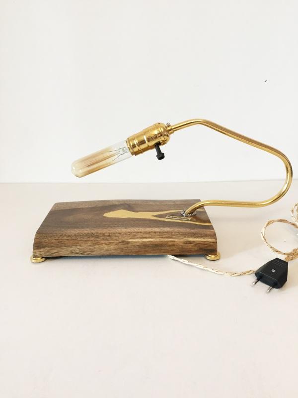ДЕКОРАТИВНЫЙ СВЕТИЛЬНИК PRIDE&JOY GOLDEN WALNUT 03LOZ  дерево, орех, металл, авт Костюк Эдуард - фото 2