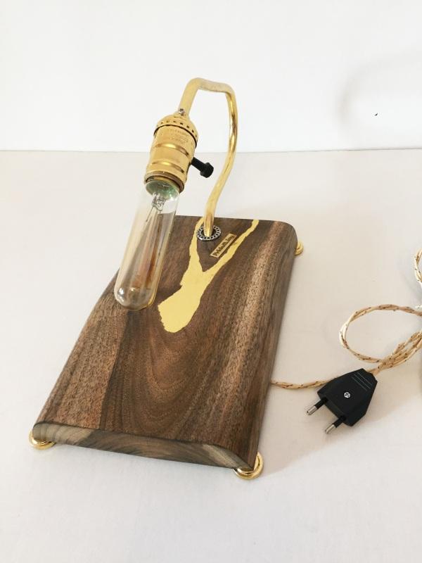 ДЕКОРАТИВНЫЙ СВЕТИЛЬНИК PRIDE&JOY GOLDEN WALNUT 03LOZ  дерево, орех, металл, авт Костюк Эдуард - фото 3