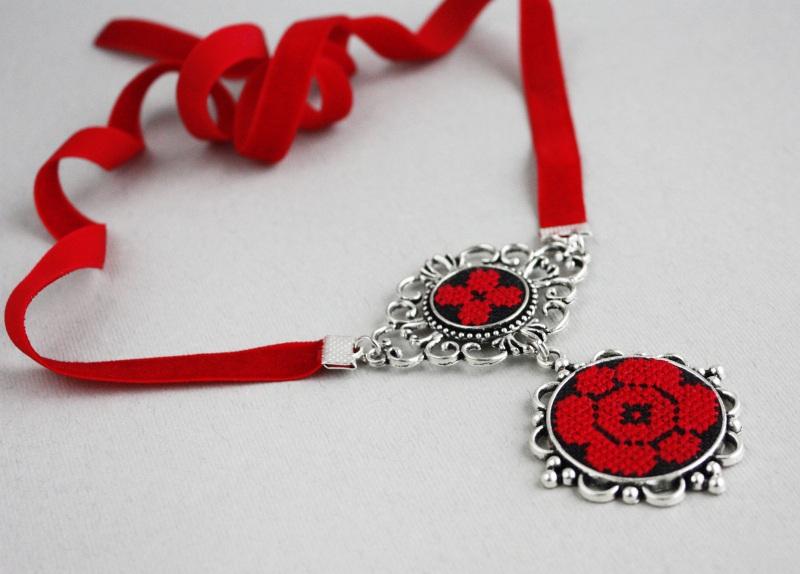 Колье чокер с кулоном Красное и черное Красный Фурнитура под серебро, ба Коцкулич Татьяна - фото 1