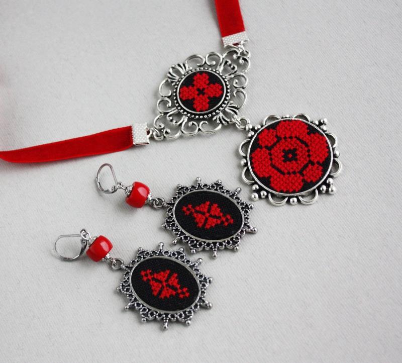 Колье чокер с кулоном Красное и черное Красный Фурнитура под серебро, ба Коцкулич Татьяна - фото 5